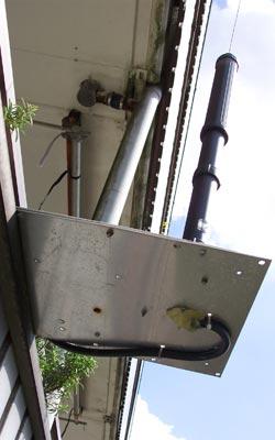 ATAS-120 op balkonhek