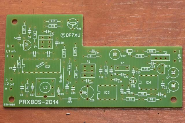 De componenten-zijde. Er zijn helemaal geen SMD onderdelen gebruikt
