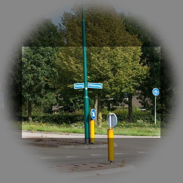 Foto 3: Grote sensor in het geprojecteerde beeld van het objectief. In dit voorbeeld is het spiegelbeeld verhaal even achterwege gelaten